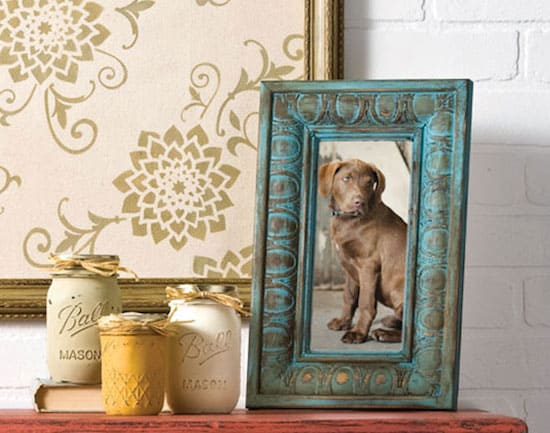 DIY frame distressed with chalk paint